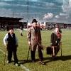 07-10-2001, Oud-Beijerland De Heeren van Beierland voor aftrap voetbalwedstrijd SHO © Rein Geleijnse Fotografie